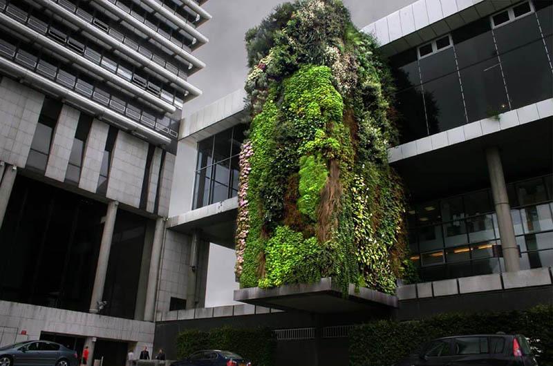 hotel departement hauts de seine nanterre vertical garden 15 Incredible Vertical Gardens Around the World