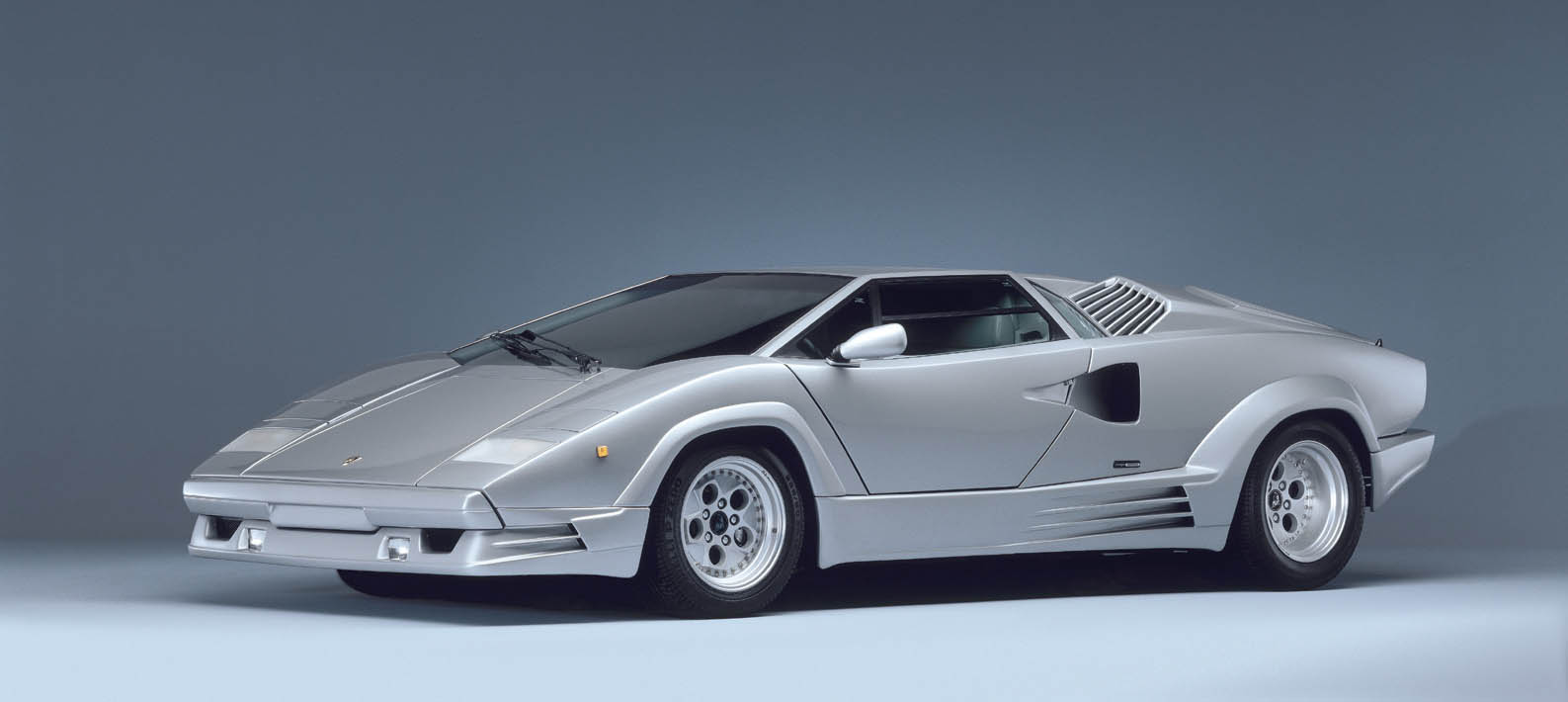 Lamborghini Countach 25th Anniversary 1988 5 The Legendary Lamborghini  Countach