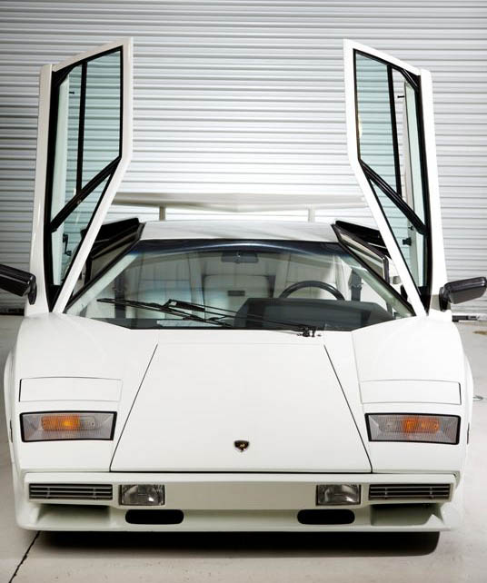 lamborghini countach lp400s The Legendary Lamborghini Countach