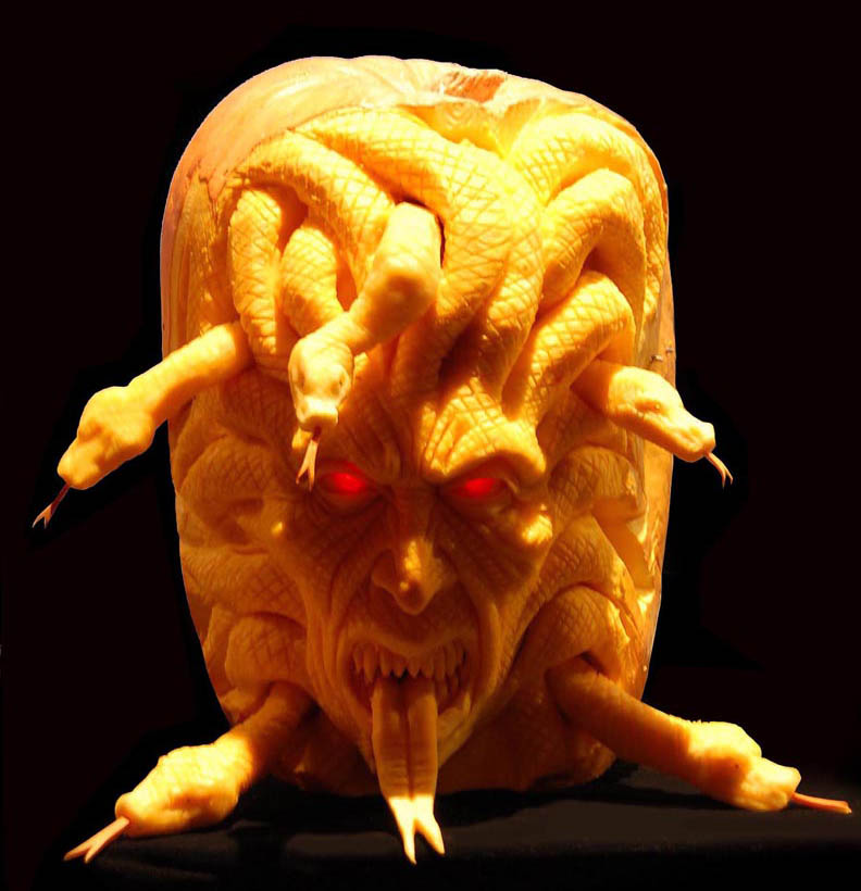most amazing pumpkin carving ray villafane 4 10 Jaw Dropping Pumpkin Carvings by Ray Villafane