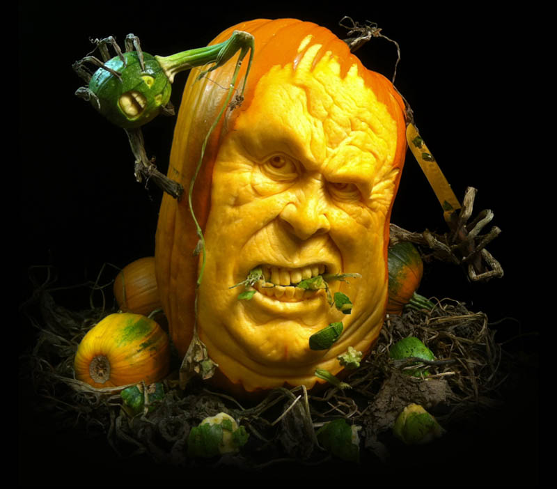 most amazing pumpkin carving ray villafane 5 10 Jaw Dropping Pumpkin Carvings by Ray Villafane
