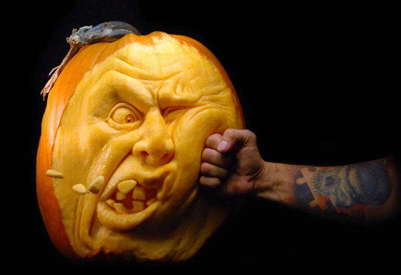 10 Jaw-Dropping Pumpkin Carvings by Ray Villafane