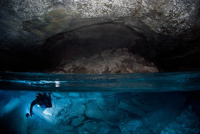 over under water photography Picture of the Day: Incredible Underwater Cave in Russia