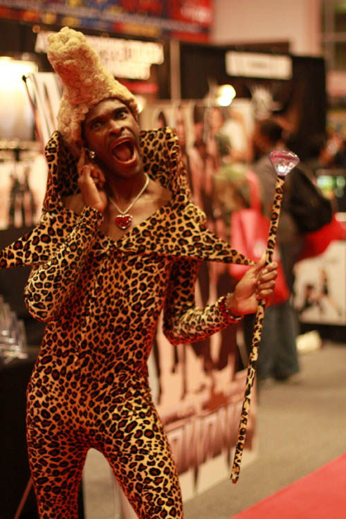 ruby rhod hilarious halloween costume 25 Hilarious Halloween Costumes from the Weekend