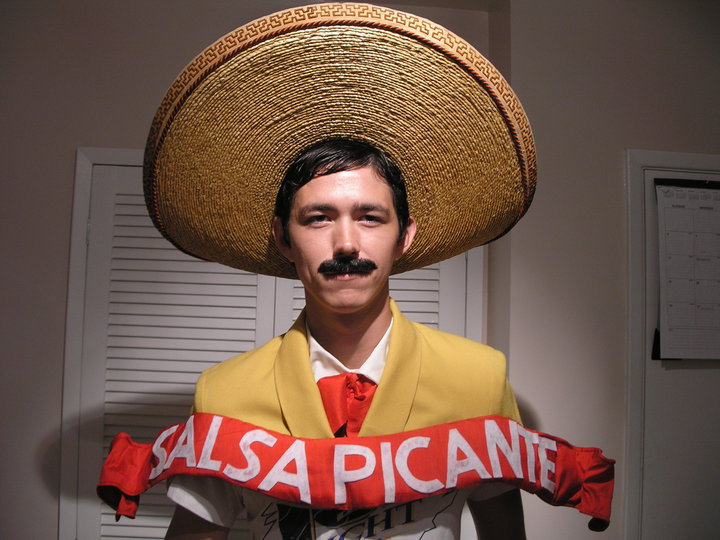 salsa picante hilarious halloween costume 25 Hilarious Halloween Costumes from the Weekend