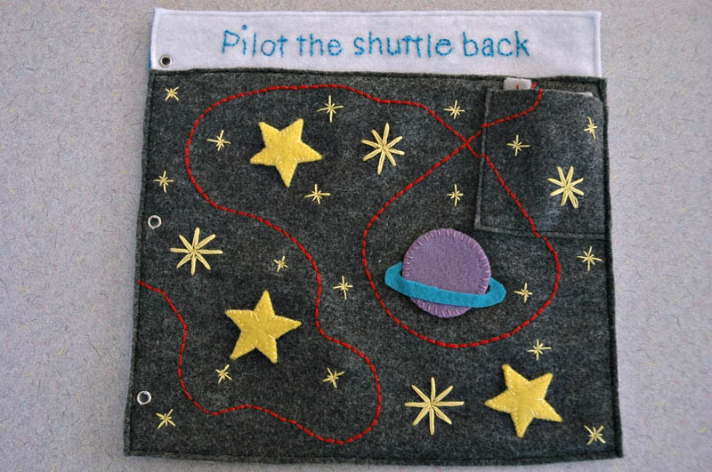 sewn felt star trek queit book for children 13 Awesome Star Trek Quiet Book for Kids