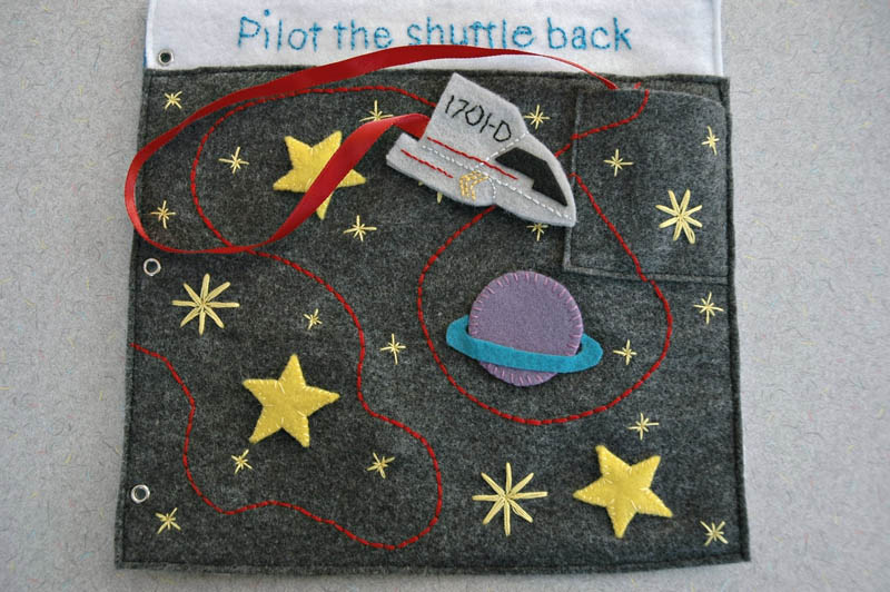sewn felt star trek queit book for children 14 Awesome Star Trek Quiet Book for Kids
