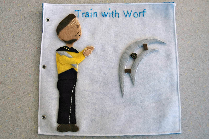 sewn felt star trek queit book for children 6 Awesome Star Trek Quiet Book for Kids