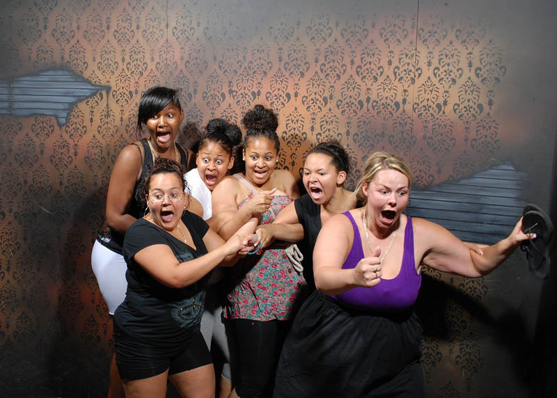 terrified people at nightmares fear factory 11 15 Haunted House Photos of Terrified People