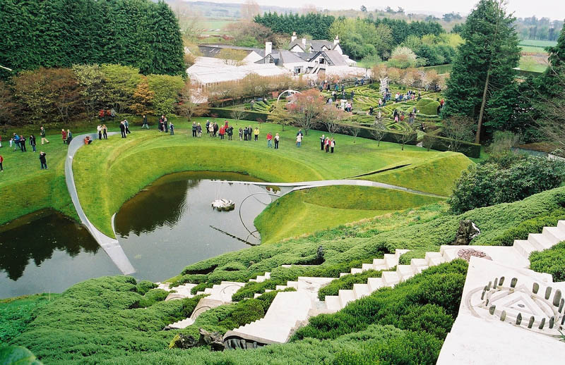 garden of cosmic speculation charles jencks 17 The Garden of Cosmic Speculation [23 pics]
