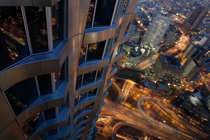 New york by gehry tallest residential tower in western for New york penthouse rent