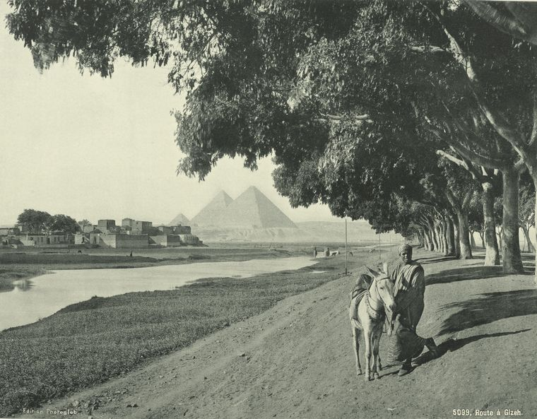 http://twistedsifter.files.wordpress.com/2011/11/old-vintage-photos-of-egypt-1870-1875-12.jpg