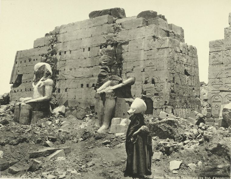 http://twistedsifter.files.wordpress.com/2011/11/old-vintage-photos-of-egypt-1870-1875-27.jpg