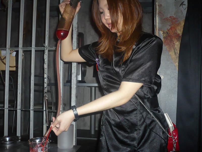 alcatraz er restaurant tokyo japan 9 3 Bizarre Theme Restaurants in Tokyo, Japan