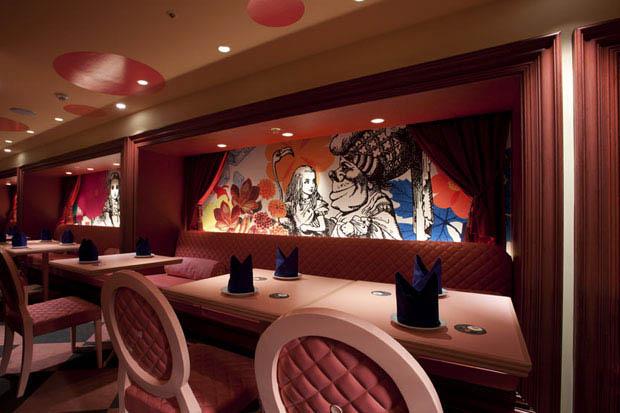 Bizarre Theme Restaurants In Tokyo Japan TwistedSifter - 7 of the coolest restaurants in tokyo