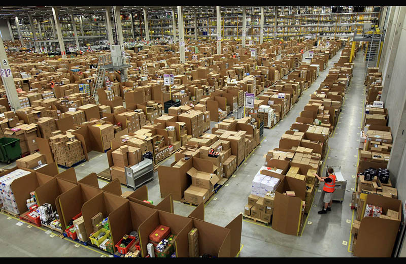 amazon warehouse fulfillment center swansea  Picture of the Day: Amazons Gigantic Fulfillment Center in Swansea
