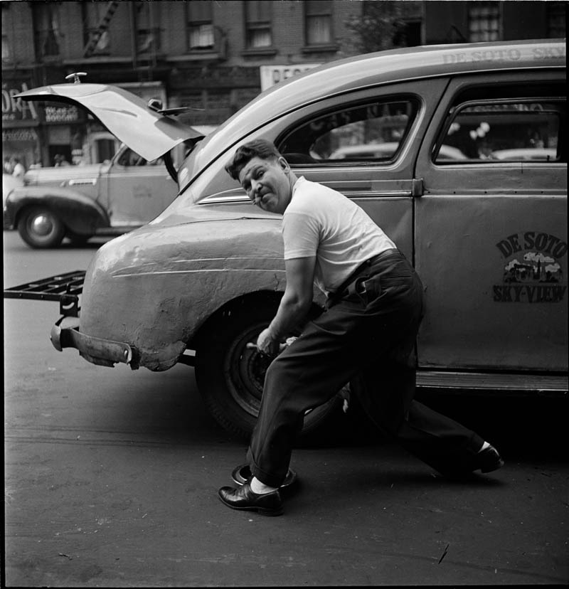 photographs by stanley kubrick look magazine life in new york 40s 15 Stanley Kubricks Photos of New York Life in the 40s