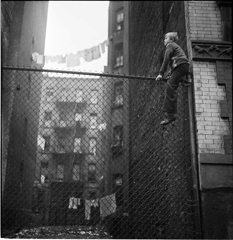 photographs by stanley kubrick look magazine life in new york 40s 4 Stanley Kubricks Photos of New York Life in the 40s
