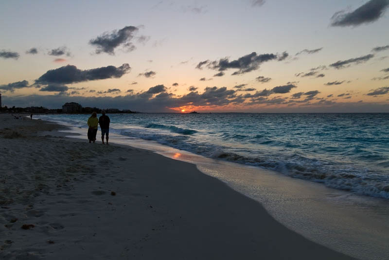 sunset turks and caicos walks on the beach The Beaches and Resorts of Turks and Caicos [40 photos]