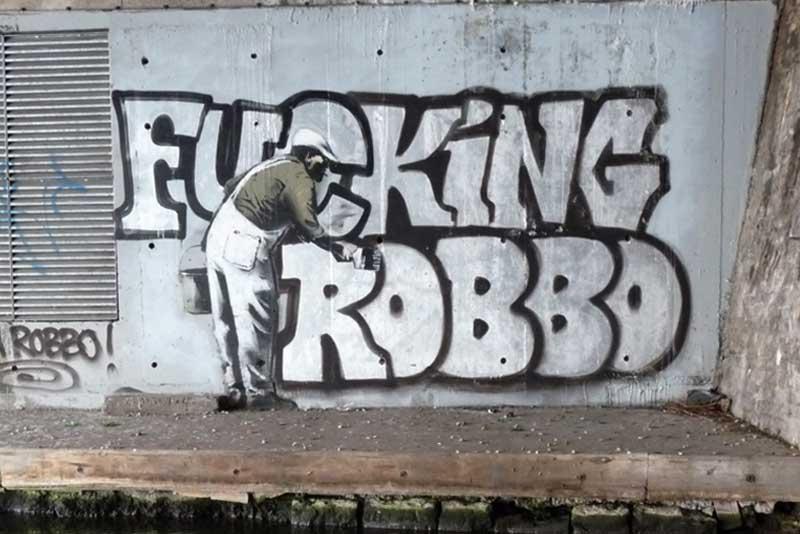 BANKSY Vs KING ROBBO STREET ART GRAFFITI