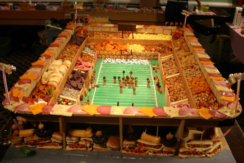 biggest snack stadium 1 12 Delicious Dishes Served Inside Other Foods