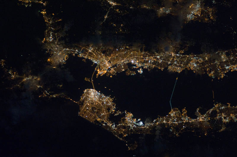 californias bay area at night from space nasa Earth at Night: 30 Photos from Space