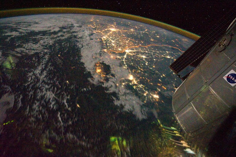 india pakistan border at night from space nasa Earth at Night: 30 Photos from Space