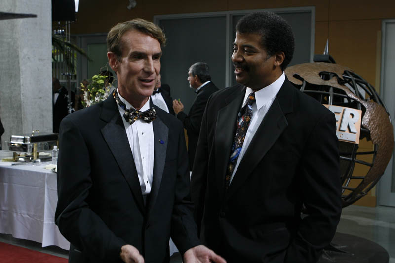 neil degrasse tyson with bill nye science guy 50 Awesome Quotes by Neil deGrasse Tyson