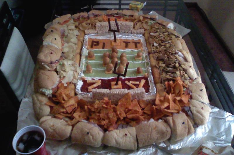 superbowl snack stadiums 2 The Best Super Bowl Snack Stadiums Ever