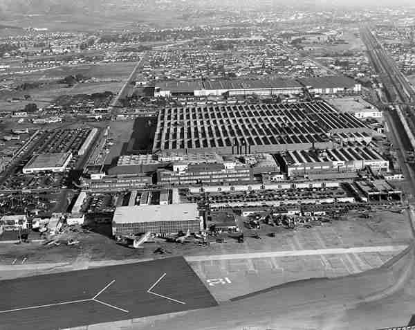 wwii lockheed covered in netting 1 Hiding Air Bases, Factories and Plants in WWII