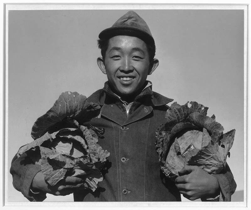 ansel adams life on japanese internment camps wwii manzanar 16 Ansel Adams Captures Life on a Japanese Internment Camp