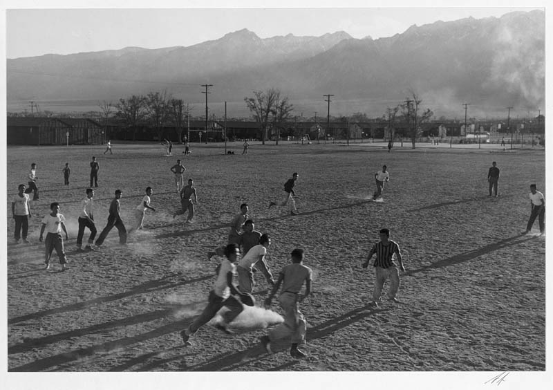 ansel adams life on japanese internment camps wwii manzanar 19 Ansel Adams Captures Life on a Japanese Internment Camp