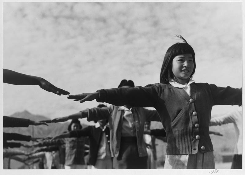 ansel adams life on japanese internment camps wwii manzanar 31 Ansel Adams Captures Life on a Japanese Internment Camp