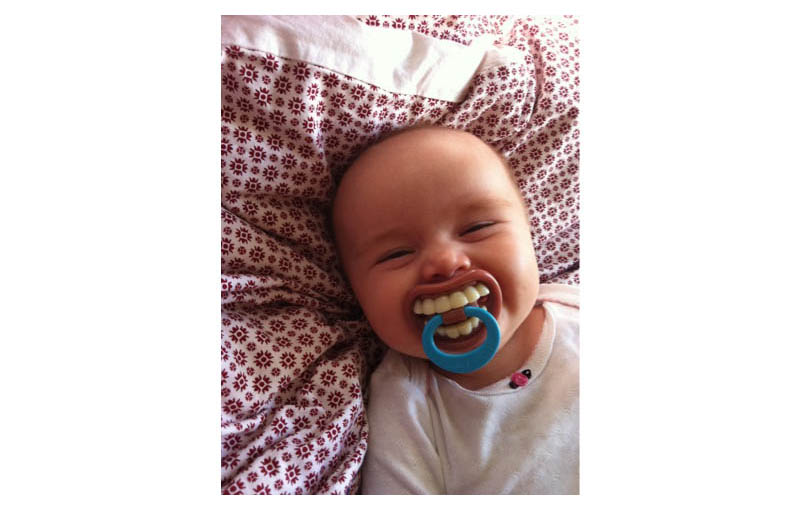 how to break baby from pacifier