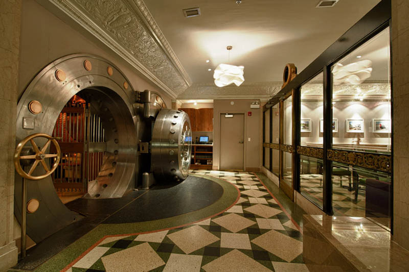 chicago supper club restaurant reclaims bank with vault the bedford 7 Chicago Supper Club Reclaims 1920s Bank with VIP Vault Room