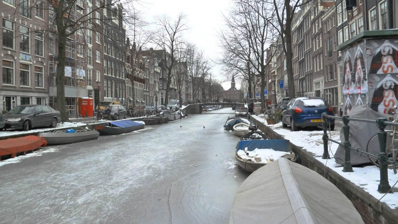 ice skating amsterdam frozen canals netherlands holland 2 Ice Skating the Famous Canals of Amsterdam