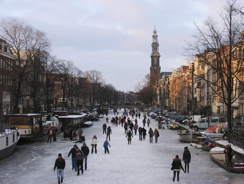 ice skating amsterdam frozen canals netherlands holland 3 Ice Skating the Famous Canals of Amsterdam