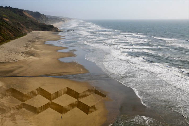 jim denevan giant beach sand art 10 The Colossal Land Art of Jim Denevan [30 pics]