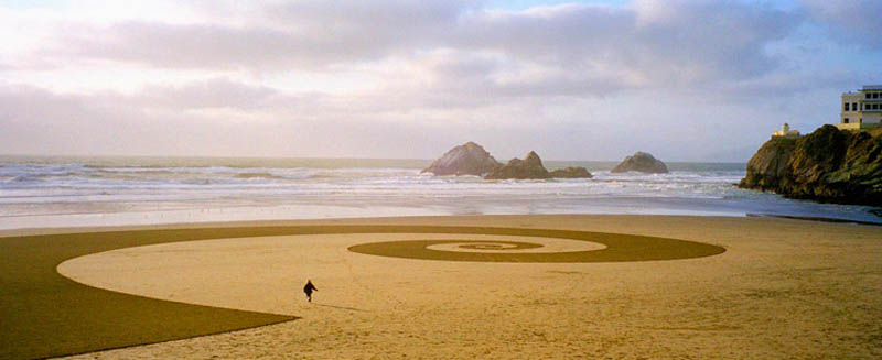 jim denevan giant beach sand art 7 The Colossal Land Art of Jim Denevan [30 pics]