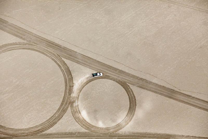 jim denevan giant earth land art 12 The Colossal Land Art of Jim Denevan [30 pics]