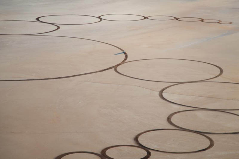 jim denevan giant earth land art 5 The Colossal Land Art of Jim Denevan [30 pics]