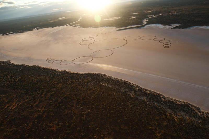 jim denevan giant earth land art 7 The Colossal Land Art of Jim Denevan [30 pics]