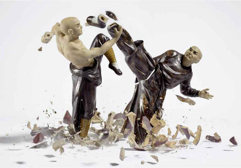 porcelain figures high speed photography as they smash drop to ground shatter klimas 8 Porcelain Metamorphosis by Martin Klimas