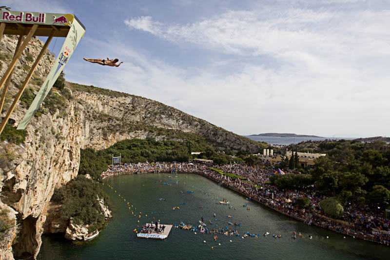 red bull cliff diving world series 2011 19 25 Jaw Dropping Photos from the Red Bull Cliff Diving World Series