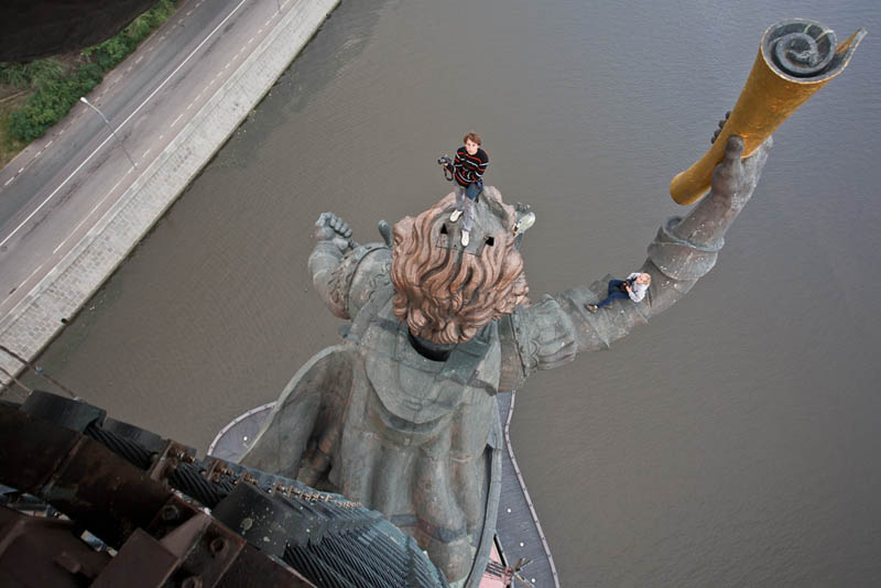 death defying photography vadim mahorov dedmaxopka 11 Dont Look at these Photos if youre Scared of Heights