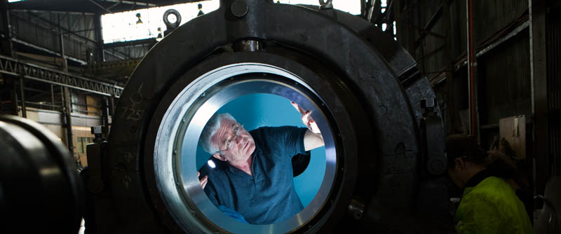 Everything You Need To Know About James Cameron And The Deep Sea Challenge 171 Twistedsifter
