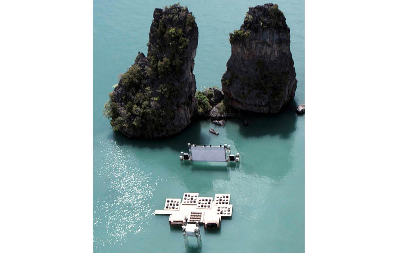 Amazing Floating Cinema in Thailand