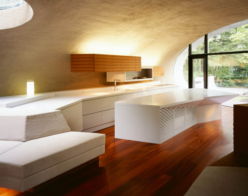 japanese oval sushi roll house villa cottage 19 An Oval Shaped Villa in the Forests of Japan