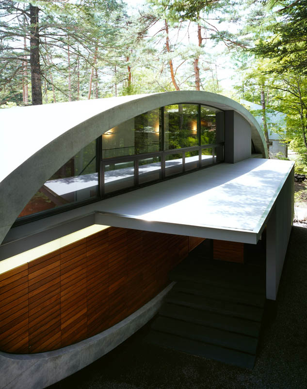 japanese oval sushi roll house villa cottage 8 An Oval Shaped Villa in the Forests of Japan