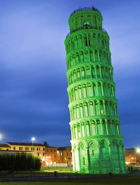leaning tower of pisa green st patricks day 12 Places Around the World That Turn Green for St. Patricks Day